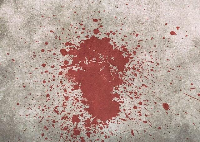 ניקוי כתמי דם
