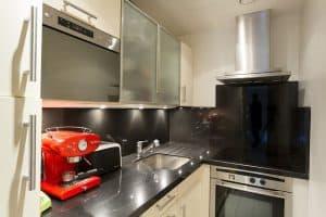 מטבח, תנור, מקרר