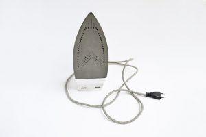 מגהץ, כבל חשמלי