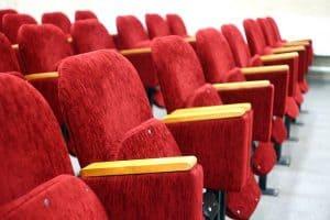 כיסאות אולם