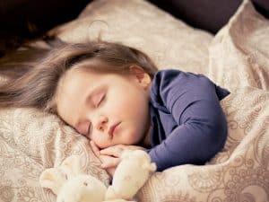 שינה, תינוק, מזרן, שמיכה.