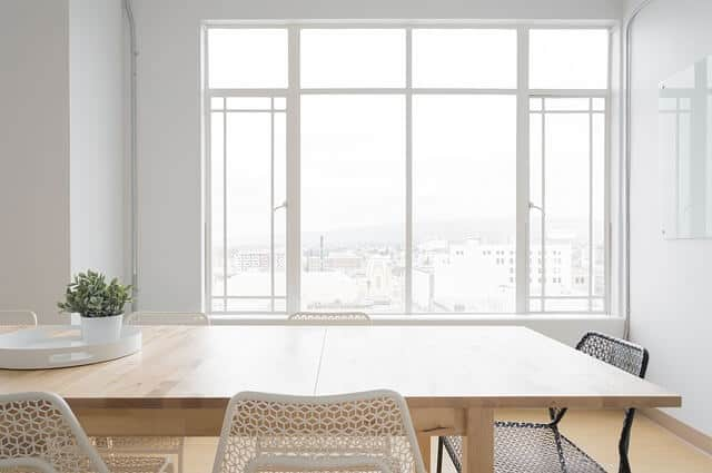 זכוכית, חלון, שולחן.