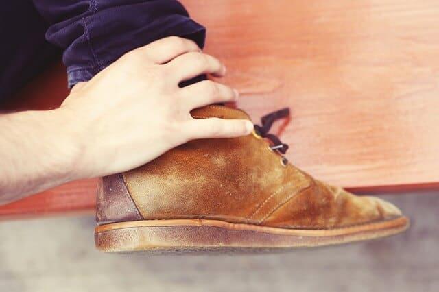 נעליים עור הפוך