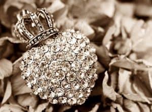 ניקוי יהלומים ואבני חן
