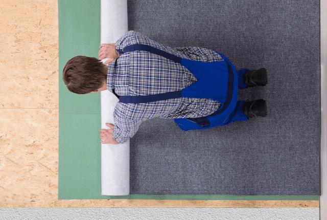 סידור שטיחים מקיר לקיר