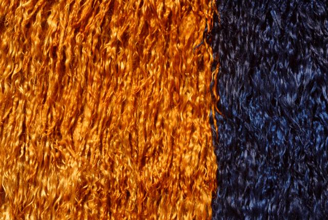 שטיח מצמר כתום כחול