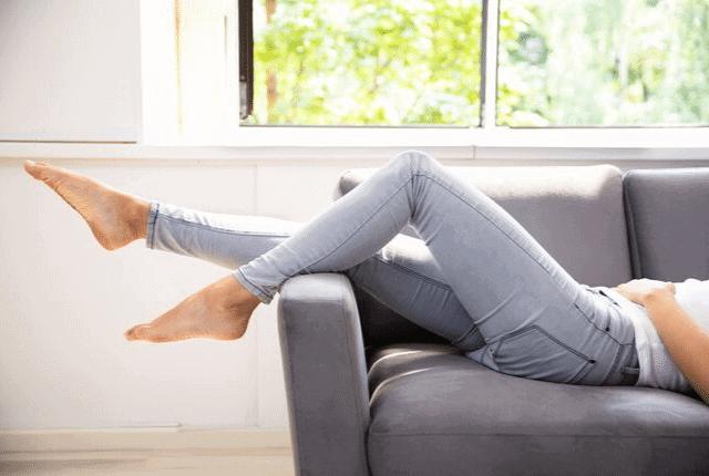 ספה נקייה, התרווחות על הספה
