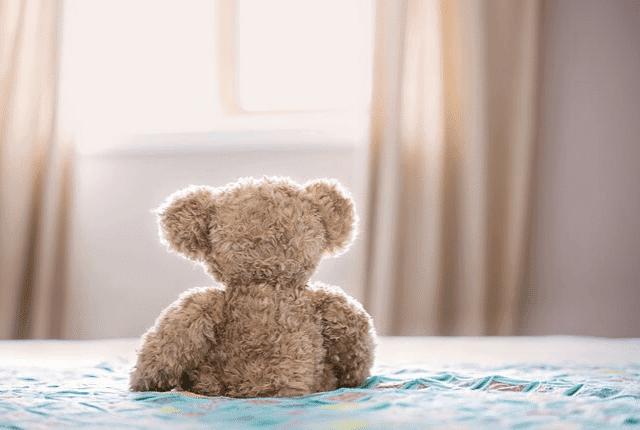 מזרון, מיטה, חדר שינה, מצעים, דובי
