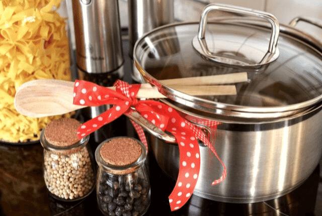 סיר נקי ורענן במטבח