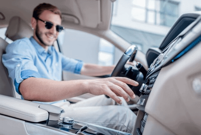 נסיעה, נהיגה מפנקת, מולטימדיה